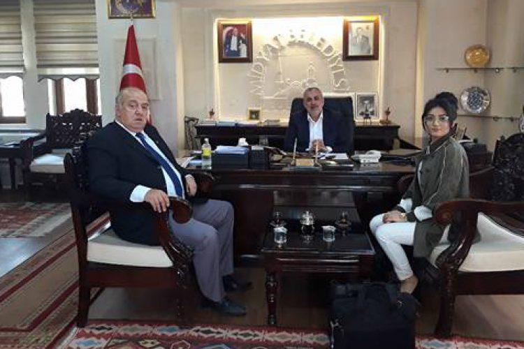 Nova Medya Grup'un; Mardin Midyat Belediye Başkanı Şehmus NASIROĞLU ve Muhtarlık İşleri Müdürü Fethi GEÇER'i Ziyareti