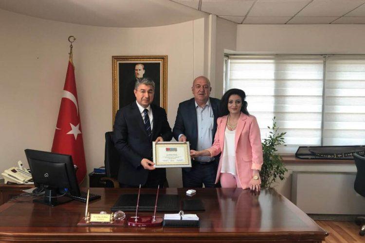 Nova Medya Grup'tan Tepebaşı Kaymakamı Dr. Erdinç Yılmaz'a Teşekkürname